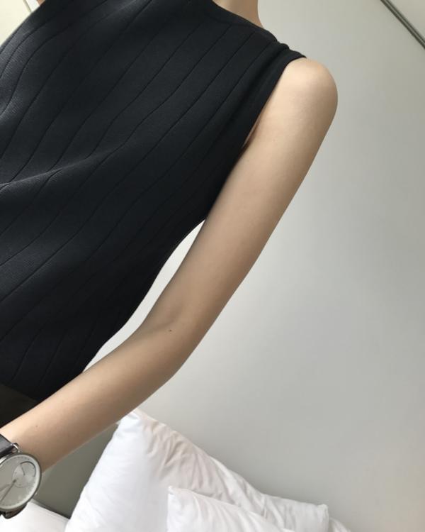 女士無袖t恤夏季修身顯瘦無袖上衣吊帶圓領針織背心外穿女打底衫t恤  免運 可開發票 【易購生活館】