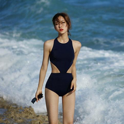 比基尼泳衣女連身保守高領掛脖小胸性感露背遮肚顯瘦度假溫泉泳裝  免運 可開發票 【易購生活館】