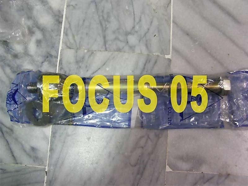 福特 FOCUS 05 方向機惰桿 方向機拉桿 各車系拉桿,李子串,三角架,和尚頭,前保桿,水箱罩,幫浦,馬達 歡迎詢問