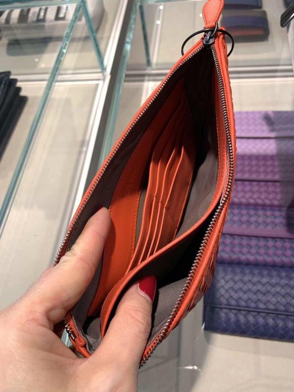 BV 經典真皮編織24*16長方手包