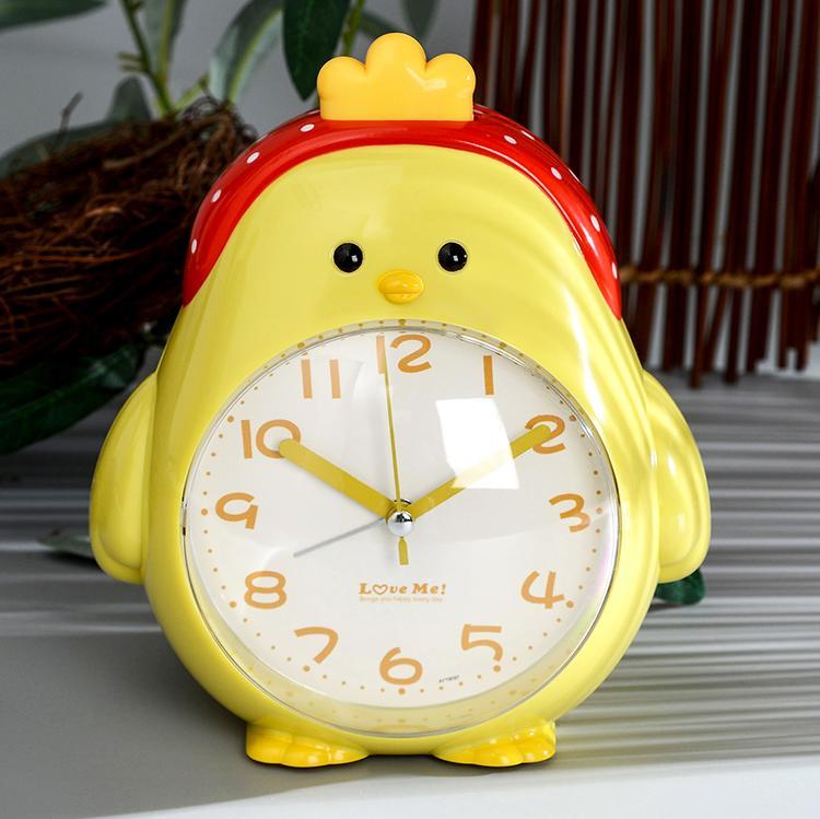學生卡通創意靜音夜燈床頭臥室會說話兒童音樂多功能小雞鬧鐘