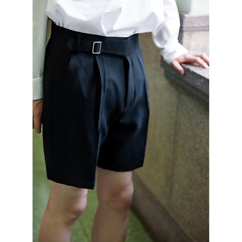 獨家預購 夏季新品 微正式風格 腰帶造型素面打摺西裝短褲 五分褲 膝上短褲 西褲 挺實 舒適