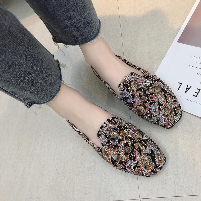 單鞋女2020夏季韓版民族風碎花布面鉚釘原宿外穿平底套腳豆豆鞋潮