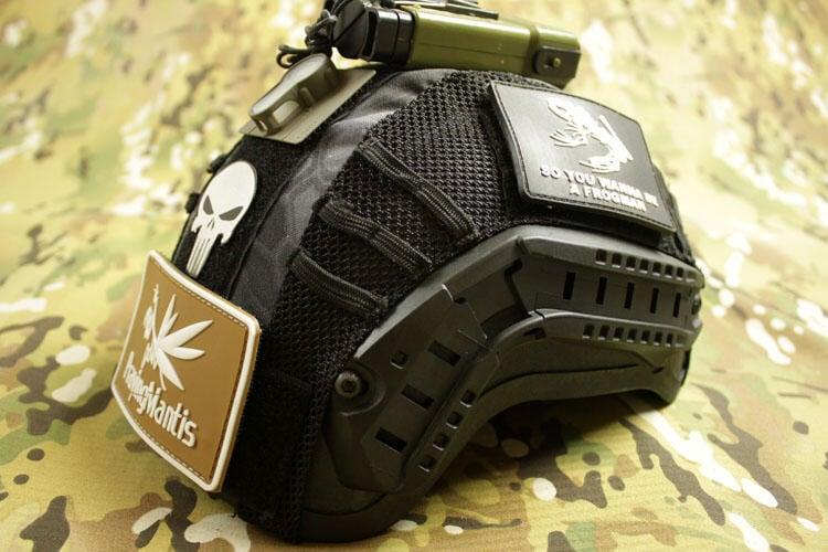 【新品上市】頭盔罩頭盔布海軍版頭盔罩迷彩戰術頭盔布 迷彩盔布 黑蟒TY